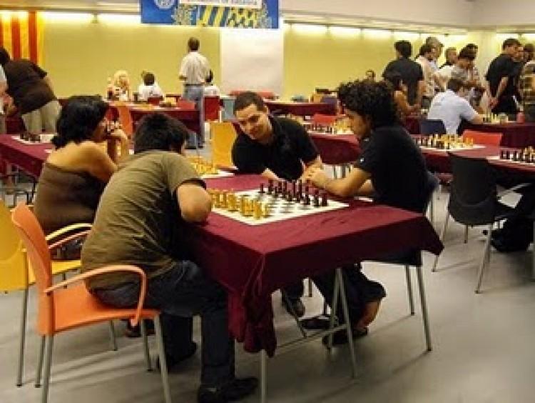 Omar Almeida defensa el títol a Badalona